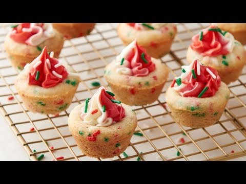Holiday Sugar Cookie Cups | Betty Crocker Recipe