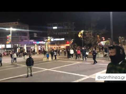 Εικόνες καρναβαλο- συνωστισμού σε Κοζάνη και Ξάνθη που προκαλούν ανησυχία: Ξεχύθηκαν στους δρόμους την τελευταία Κυριακή της Αποκριάς