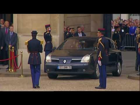 """Le coup de téléphone entre Sarkozy et Kadhafi - Extrait du """"président et le dictateur"""""""