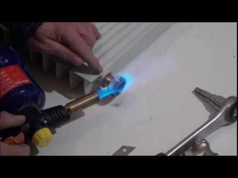 Apprendre la plomberie : 9 . Comment démonter un radiateur