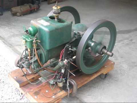 HIT & MISS GAS ENGINE McCormick-Deering Part 1 tubalcain