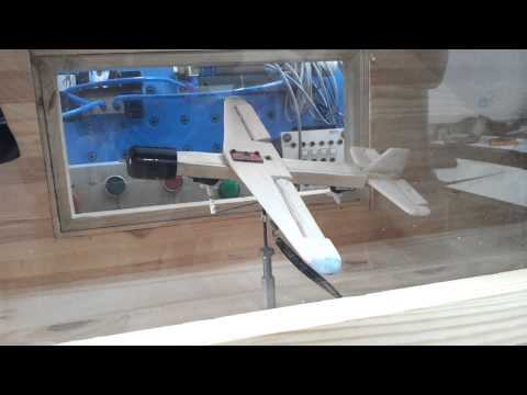 Model Airplane - Roll and Pitch Control