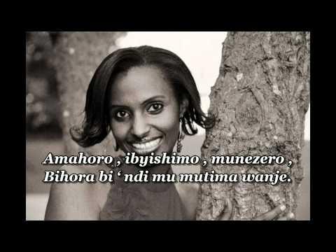 AMAHORO by Gaby avec Lyrics