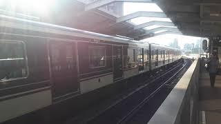 OsakaMetro(大阪メトロ)西中島南方駅で9000系ポールスター2(北大阪急行電鉄開業50周年ヘッドマーク)なかもず行き発車シーン(2019年10月22日火曜日)携帯電話で撮影
