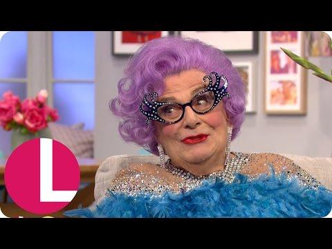 Dame Edna Everage Has Lorraine In Stitches! | Lorraine