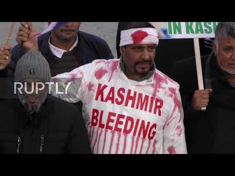 UK: Hundreds of pro-Kashmir demonstrators march in London during Diwali festival