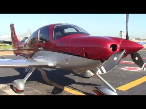 Cirrus Aircraft Demo Flight
