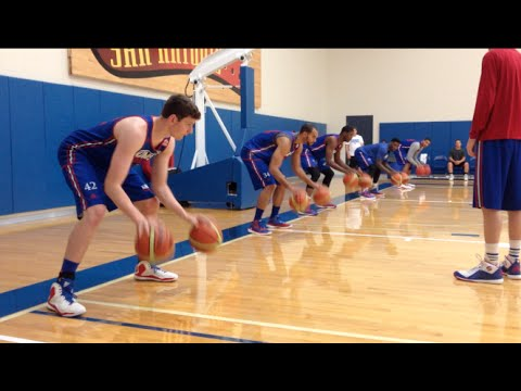 Peek inside KU basketball practice - YouTube