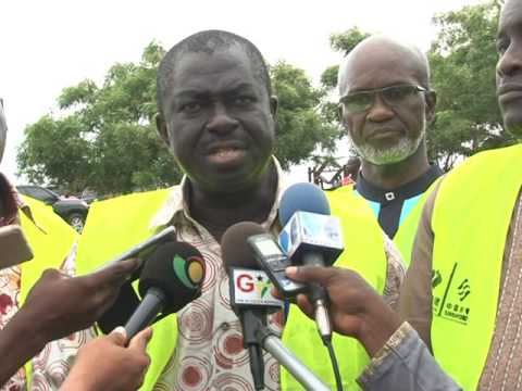 ROADS AND HIGHWAYS MINISTER PAYS WORKING VISIT TO ROAD PROJECTS IN TEMA- GTV COVERAGE