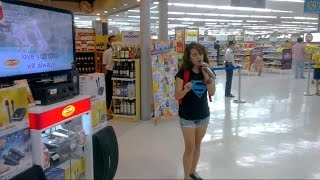 "Random Girl Sings ""I Will Always Love You"" Karaoke at Supermarket AMAZING!"