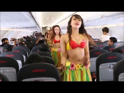 비키니 입은 스튜어디스로 유명해진 항공사