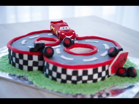comment-faire-gâteau-d'anniversaire-cars-(décoration-en-pâte-à-sucre)