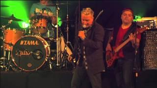 Dynamit - Hví gongur Tom altíð skid (live)