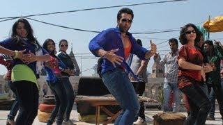 Jackky Bhagnani dances Gangnam Style- Bollywood Version