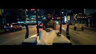 Смотреть клип Raz Simone - Baby Jesus