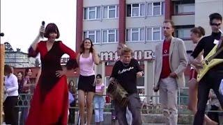 Любовь в кабинке N2 (День молодёжи в г.Заречный)