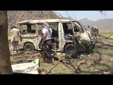Pelo menos 17 mortos em ataque aéreo na província iemenita de Hodeida