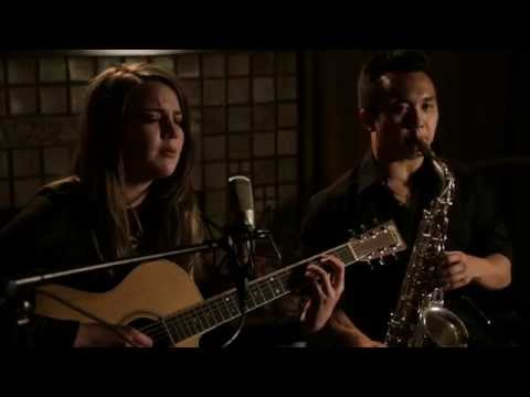 """""""Maneater"""" by Hall & Oates - Rainne Acoustic Cover"""