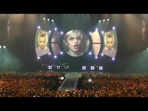 INDOCHINE - 13 TOUR - PARIS Accordhotel Arena - 18-02-18 - Henry Darger