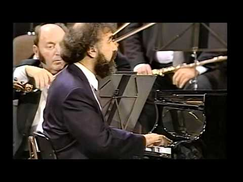 Mozart Piano Concerto No23-3M (3/3) Sándor Végh Radu Lupu Vienna Philharmonic