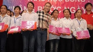 [My Tam Foundation] Trao quỹ học bổng Nâng Bước Ngày Mai tại Hà Nội (14.09.2011)