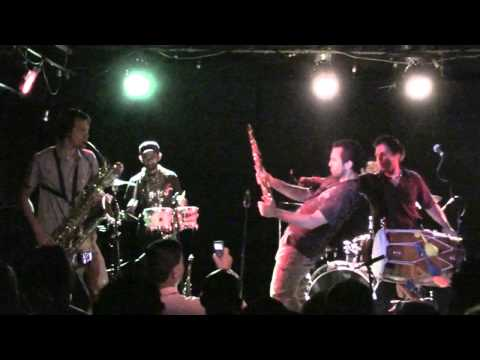 (HD) Red Baraat - Mehndi Laga Ke Rakhna - Mercury Lounge - 9.9.11