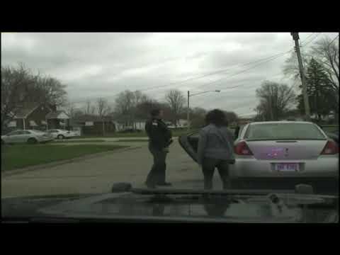 Her arresterer politimannen datterens kjæreste - nå er han sparket