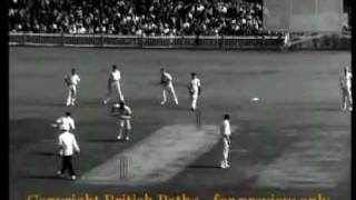 COLLAPSO - WEST INDIES BEATEN BY NSW 1960(davidson, kanhai, benaud, neil harvey,hall, sobers)