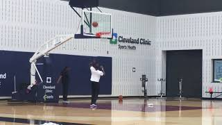 Isaiah Thomas seen shooting hoops at the Cavaliers practice facility | ESPN