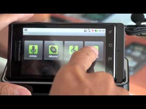Tinhte.com - Trên tay Motorola Milestone chính hãng