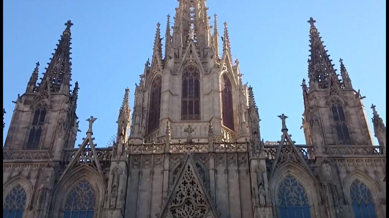 The Cross Hd Wallpaper Walking In Barcelona La Catedral Gotica De Barcelona