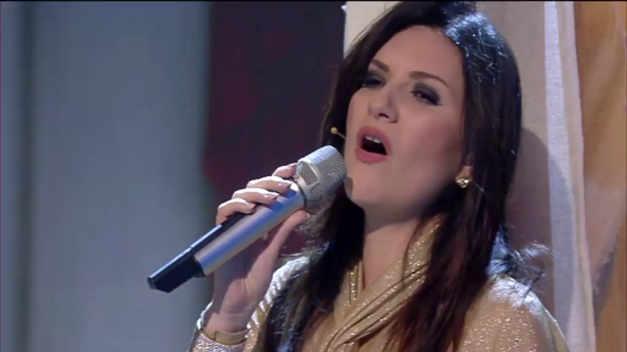 Laura Pausini Have Yourself a Merry Little Christmas - House Party ...