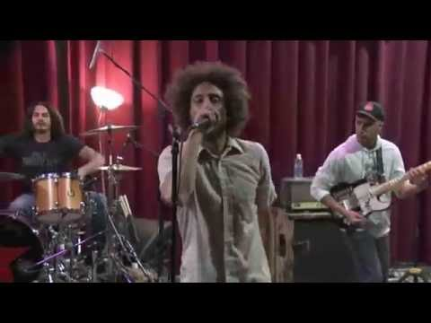 Rage Against The Machine - Killing In The Name (Live on BBC Radio)
