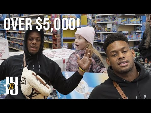 JuJu Smith-Schuster Surprises Kids with Christmas Presents!