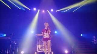 BENI Red LIVE TOUR 2013 https://www.youtube.com/watch?v=6Oy2__5ad1k...