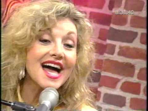 Stella Parton - Country Weekly Magazine Interview with Chuck Long