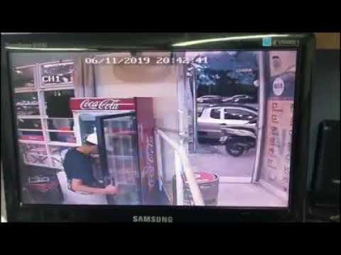 Un ladrón robó en una casa de empanadas a punta de pistola y quedó filmado