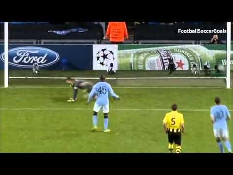 Mario Balotelli Penal Manchester City Vs Borussia Dortmund 1 1