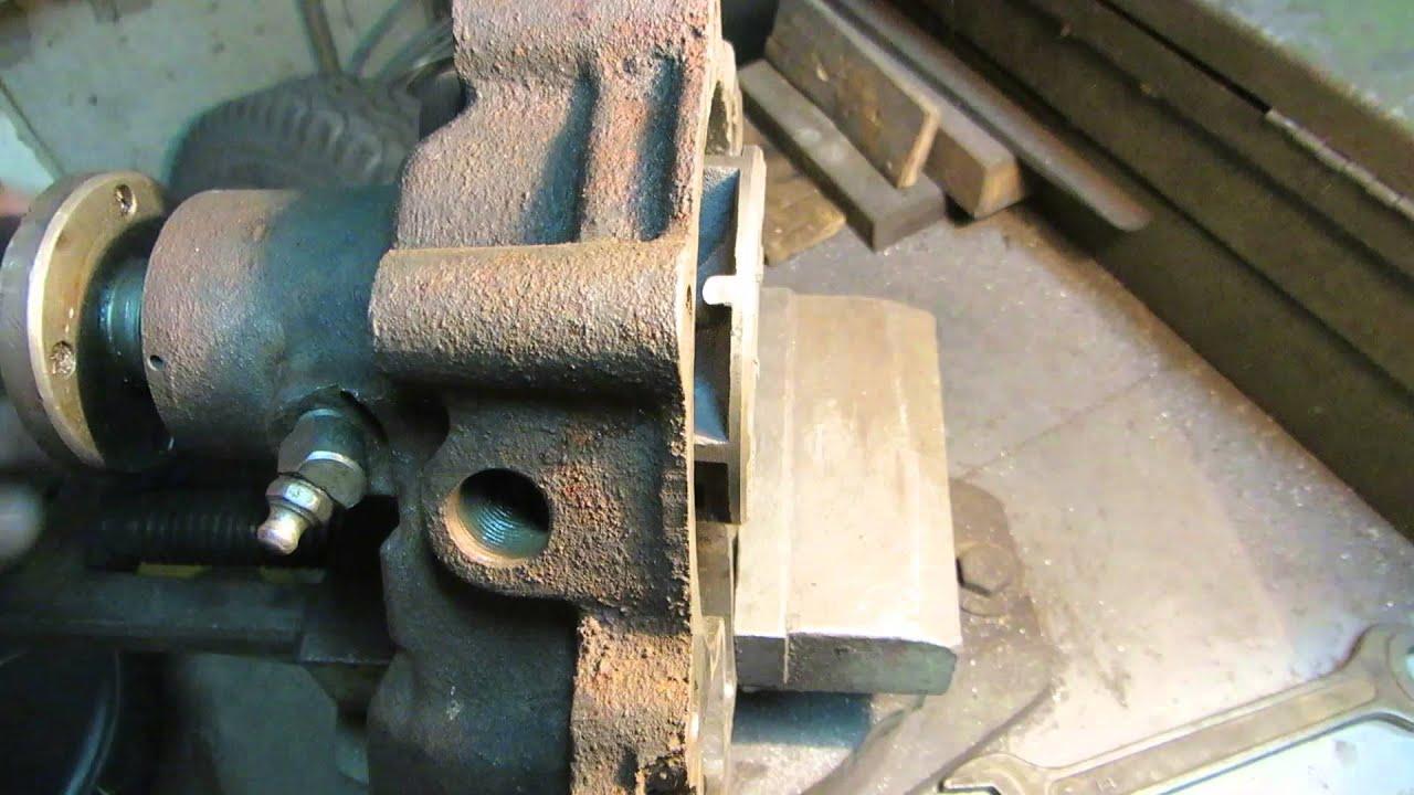 Zmz-402. 402. 10 и 4021. 10 — силовые агрегаты газ-24-10 с 1985 года, газ 31029, газ-3102 после 1994 года, а также части газ-3110, некоторых газ 31105 самого раннего выпуска и газелей. Мощность — 98 л. С. Главное внешне отличие — низко расположенная на блоке цилиндров «помпа» с уходящими.
