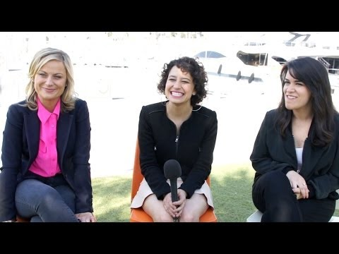 Broad City's Amy Poehler, Ilana Glazer & Abbi Jacobson