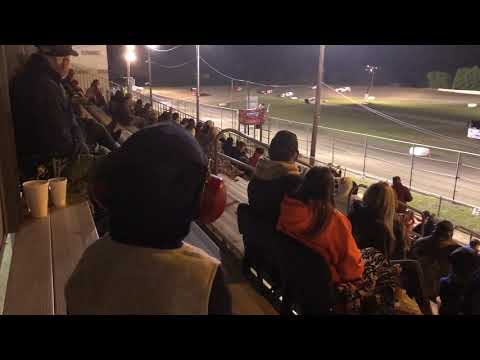 Grandkid goes nuts at the dirt track