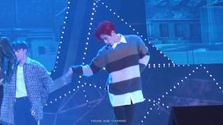 171009 7for7 showcase - you are (mark focus)