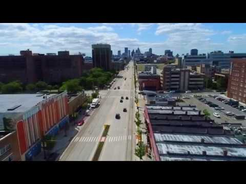 Flying Down Woodward In Detroit To Downtown
