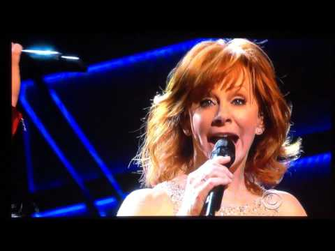 2017 ACM Reba McEntire and Lauren Daigle Back To God