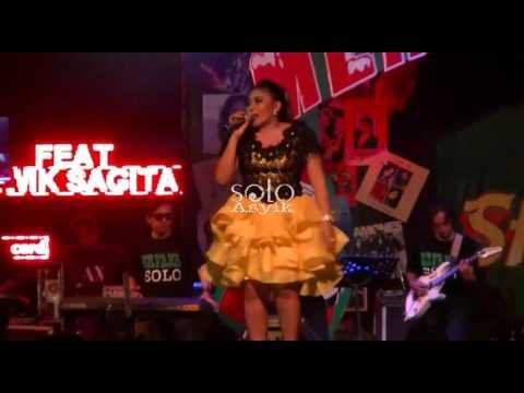 Sambalado - Wiwik Sagita Feat OM ERVANA Dangdut Koplo Live THR Sriwedari Solo