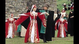 Как танцуют жители Шеки!