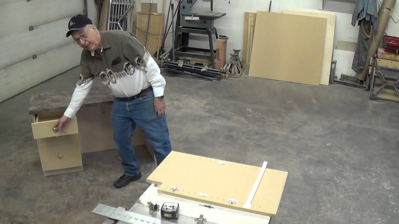 The 32mm System In Cabinet Building - YouTube