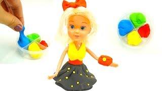 Распаковываем игровой набор с куклой и пластилином  Делаем наряды для куклы из пластилина  Пластил