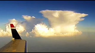Flying around Cumulonimbus Clouds - Approach and Landing in Charlotte Airport
