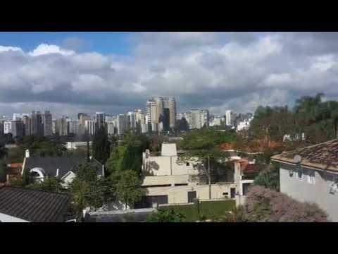 Casarão no Morumbi - São Paulo - The House in Brazil
